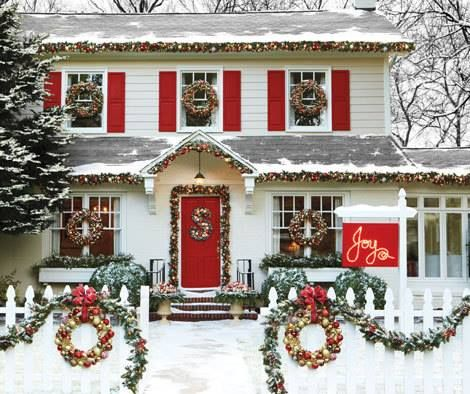 17 best images about dutch colonial christmas on pinterest for Colonial home christmas decorations