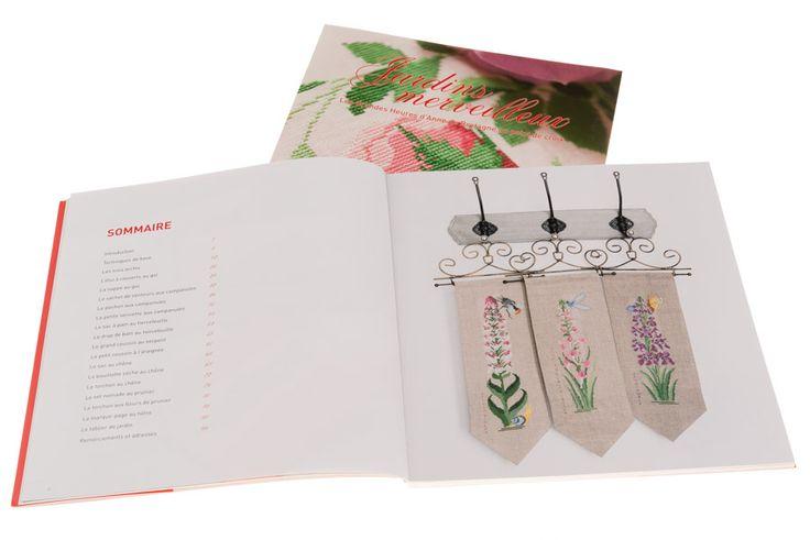 Jardins merveilleux | Couverture et pages 6-7 Photo © Eric Valdenaire http://ericvaldenaire.com