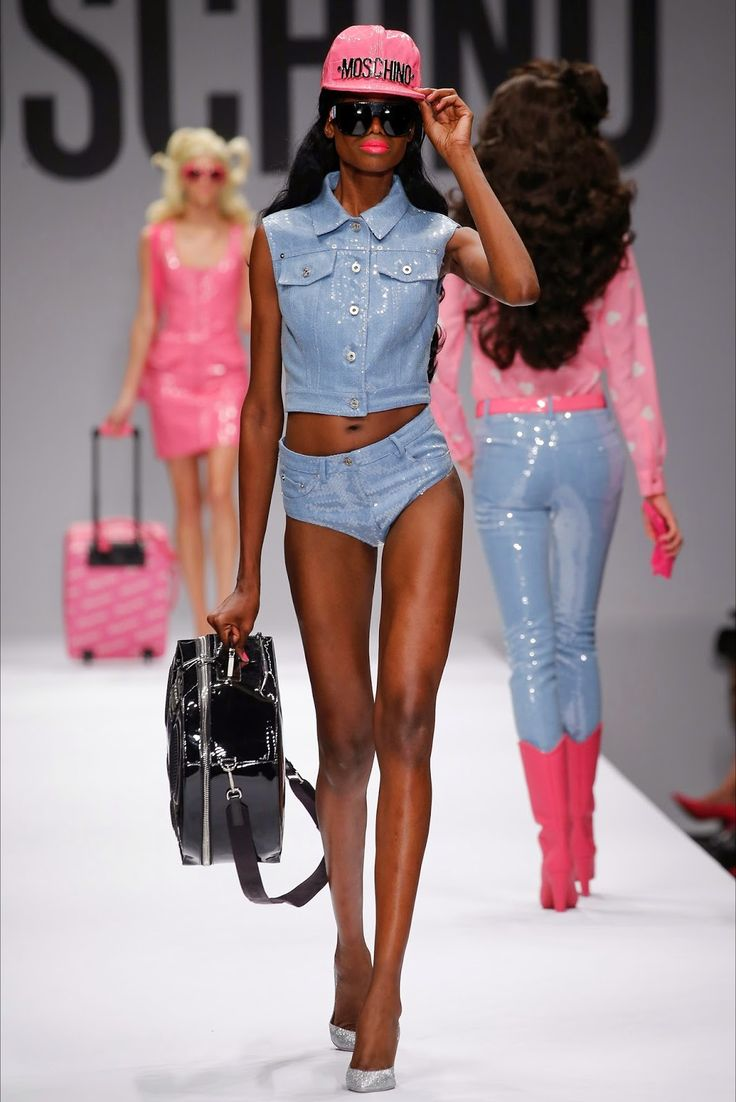 13 seconds of imagination: Moschino Spring Summer 2015 RTW - this is definitely my favorite! What's yours?