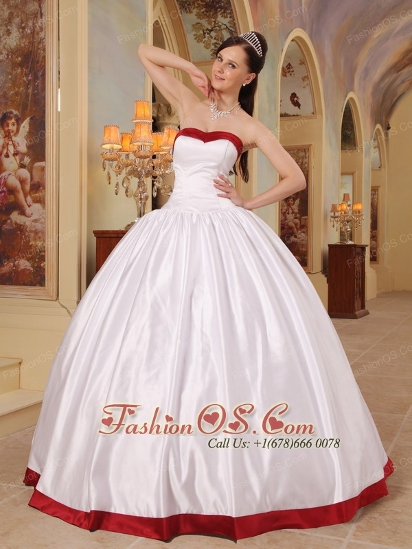 Beautiful White Quinceanera Dress Sweetheart Satin Ball