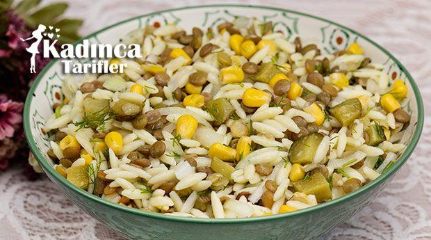 Mercimekli Arpa Şehriye Salatası Tarifi