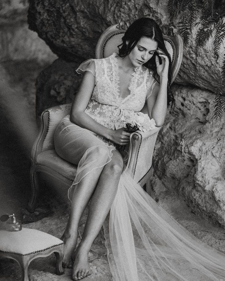 #boudoir #lingerie #bride #sexy #boudoirsession #wedding #beauty #photography #fineartphotography #bestboudoir #fineartboudoir #blackandwhite #vsco #love #vscofilm