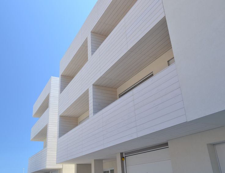 Complesso residenziale a Sottomarina di Chioggia, in collaborazione con Simone Micheli Architect #woodn #speciesunica #imagineyourfuture #wooden