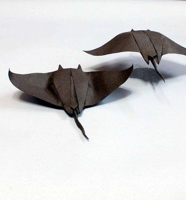 Manta ray origami