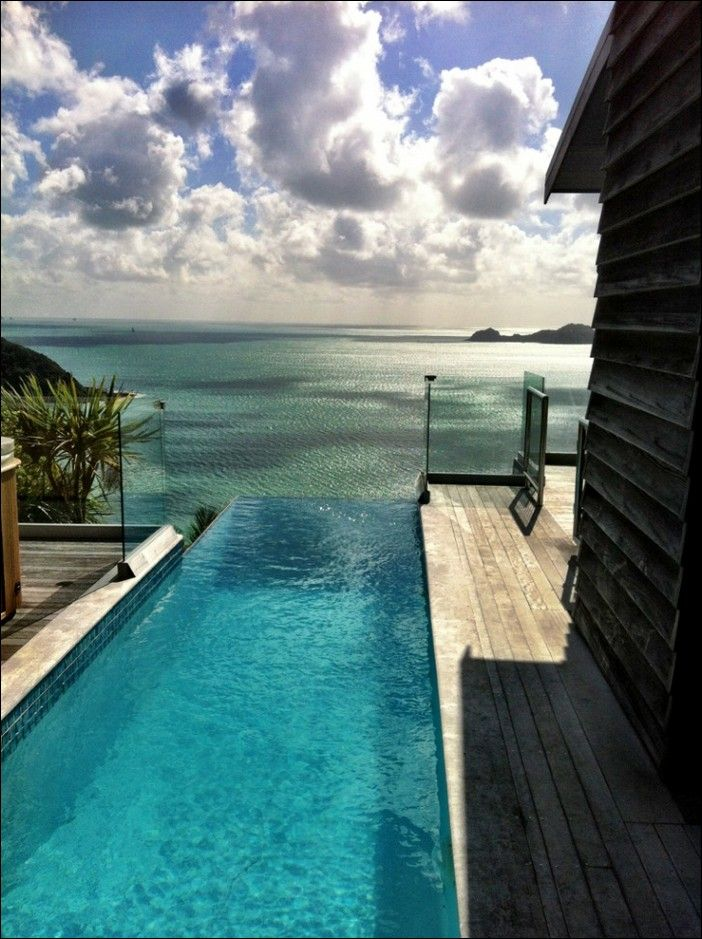 Wow! This pool with this view is stunning! We love it! What is your favourite location? #pool #pooldreams #view #love