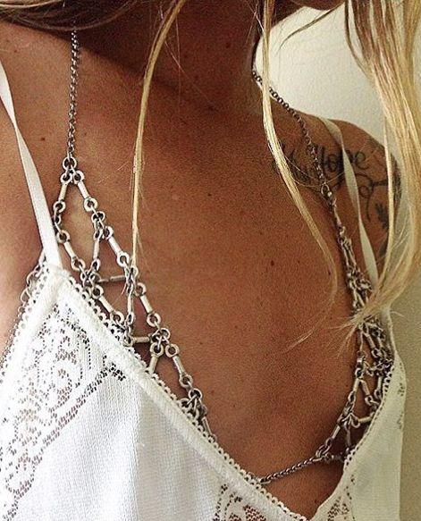 Is this about to be the most popular jewelry trend of the summer?