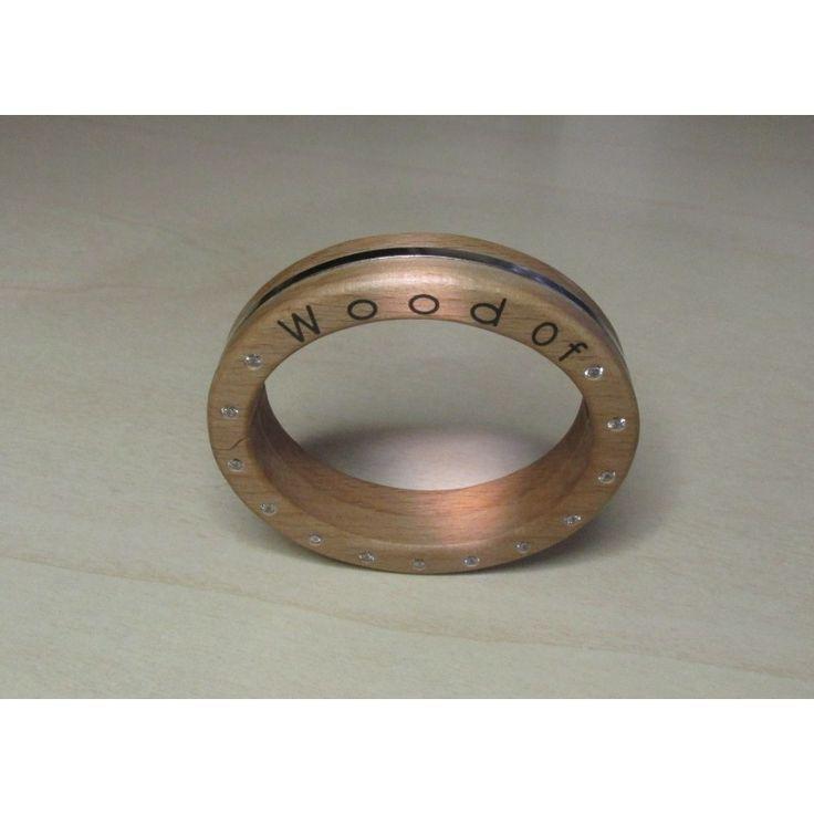 http://www.wood-of.com/it/ Schiava in legno con chiusura, zirconi,pietre preziose, argento,oro,
