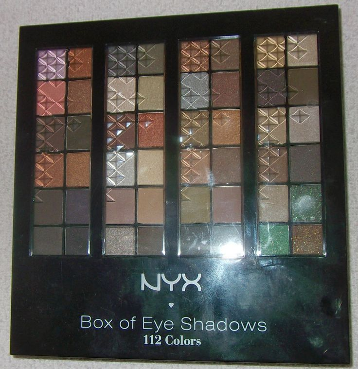 Beauty by S: NYX Box of Eye Shadows 112 Colors