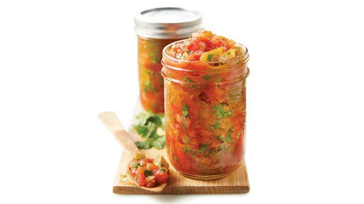 Salsa aux tomates en conserve