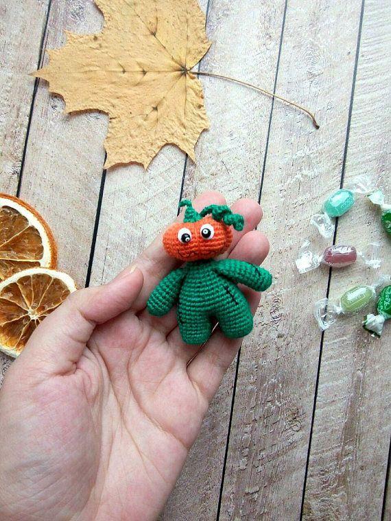Helloween Pumpkin amigurumi crochet toy