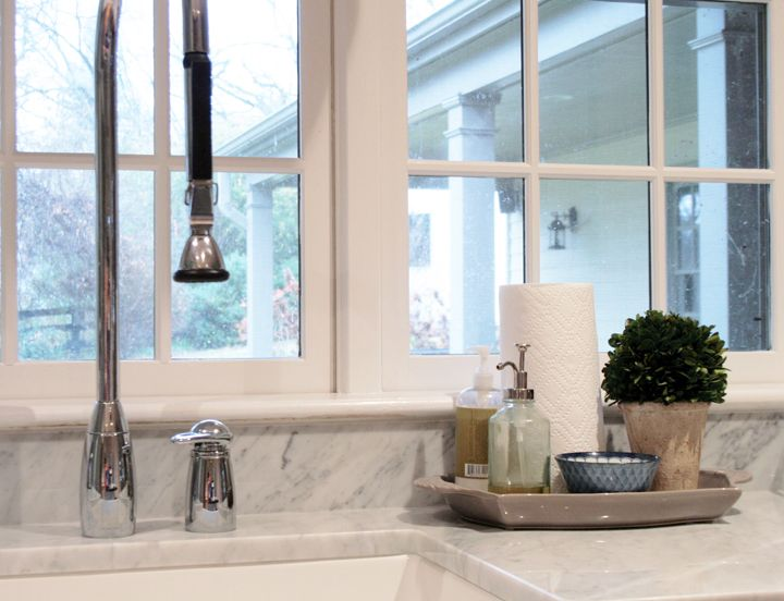 cute tray to use by the kitchen sink, awesome faucet (Southern Exposure - Life inPictures)