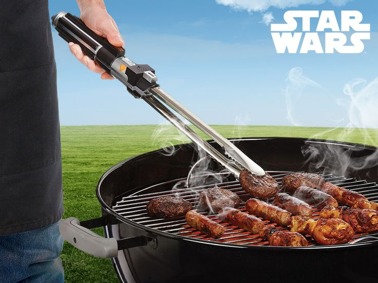 Star Wars Barbecue Tongs - Darth Vader's lightsaber, it is easy to feel the force at the barbecue!