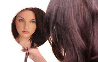 Stresszoldás, kineziológia és más tudattágítások: Ki vagyok én? - Énképünk kialakulása