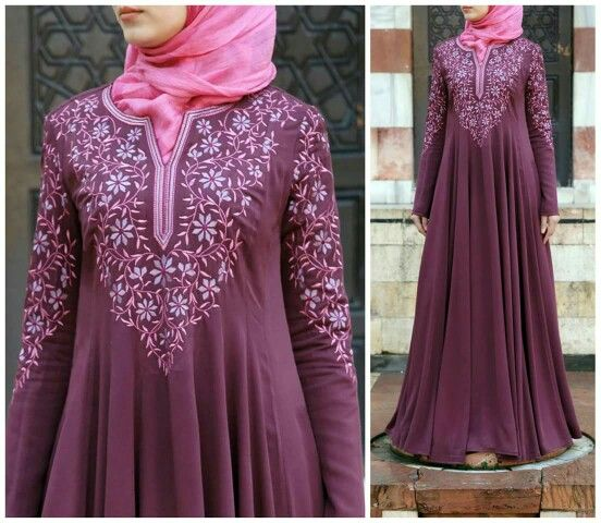 I dont like the color but i love the flowy dress...and the embroidery too ;)
