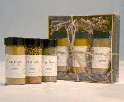 Organic Harvest Spice Blend Seasoning Gourmet Gift Set - http://spicegrinder.biz/organic-harvest-spice-blend-seasoning-gourmet-gift-set/