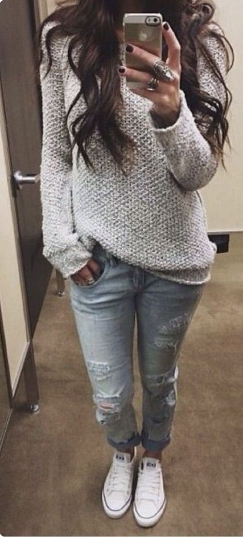 Best 25+ Torn jeans outfit ideas on Pinterest
