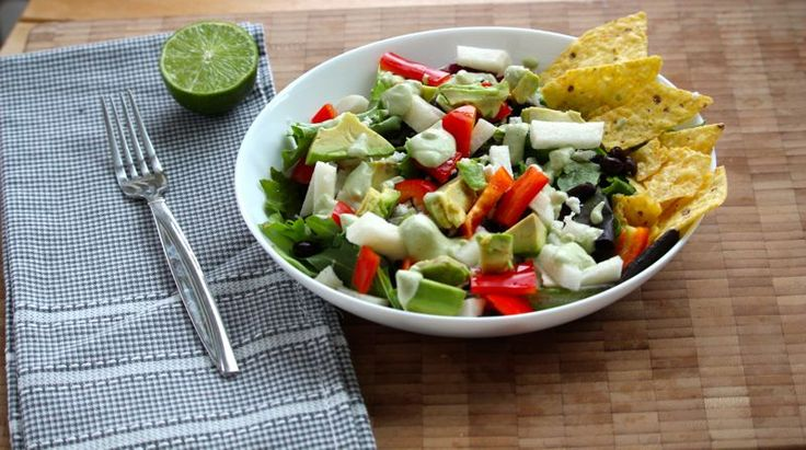 MEXICAN SALAD WITH JICAMA, BLACK BEANS AND FETA