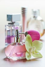 Homemade Perfume Recipes For a Heavenly Smell You Can Afford.