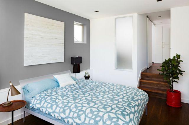 Farbe kombinieren hellblaue Bettdecke modernes Gemälde