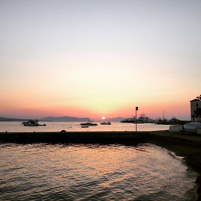 Lovely island, lovely moments! #Spetses, just a few hours away from #Athens! #CivitelHotels Photo credits: @nikolodim