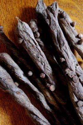 「【バレンタイン】ブラックなナツメグリッシーニ!」こなうま | お菓子・パンのレシピや作り方【corecle*コレクル】