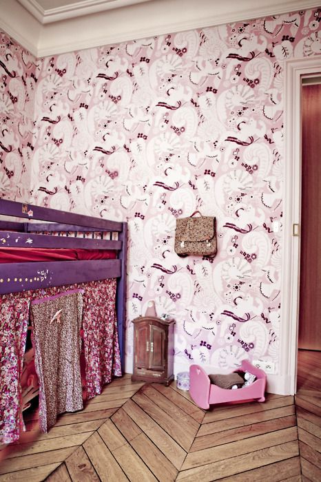 Another awesome wallpaper.Kids Beds, Ideas, Floors, Kids Room, Kidsroom, Girls Room, Princesses Bedrooms, Loft Beds, Girl Rooms