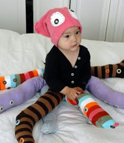 Octopus halloween costume- socks: Babies, Octopus Costume, Costume Ideas, Diy Halloween Costumes, Holidays, Kids, Octopuses Costumes, Baby Octopuses, Costumes Ideas