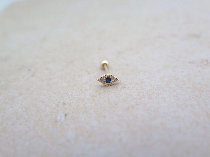 10K / 14K Solid Gold piercing/boze oog Piercing/Helix piercing/kraakbeen oorbel/Tragus piercing /Delicate oor piercing/Daith piercing/Conch door MinimalBijoux op Etsy https://www.etsy.com/nl/listing/290255173/10k-14k-solid-gold-piercingboze-oog