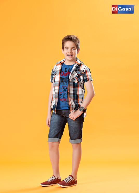 Desejos de Natal | boy | shirt | denim | jeans | shoes | camisa xadrez infantil | bermuda jeans infantil | tênis marrom