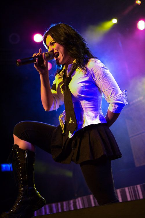 Cristina Scabbia - I love everything she wears, shirt and tie, skirt and leggings plus the pretty boots!