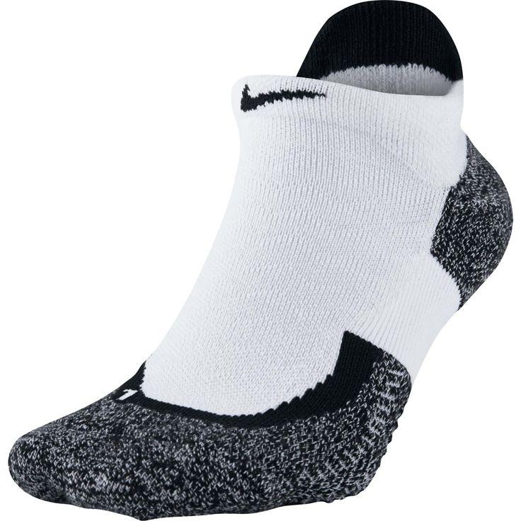 Nike Elite Tennis No Show sokken  Description: De Nike Court Elite No-Show tennissokken geven je voeten extra demping op de plekken waar je die het meest nodig hebt. Doordat de sokken zijn gemaakt van Dri-FIT materiaal met mesh op de belangrijkste plekken blijven je voeten koel en droog. De sokken hebben een anatomische linker- en rechter pasvorm voor extra comfort en een versterkte hiel en teen voor minder slijtage. Deze tennissokken van Nike bevatten een geweven antislip patroon zodat je…