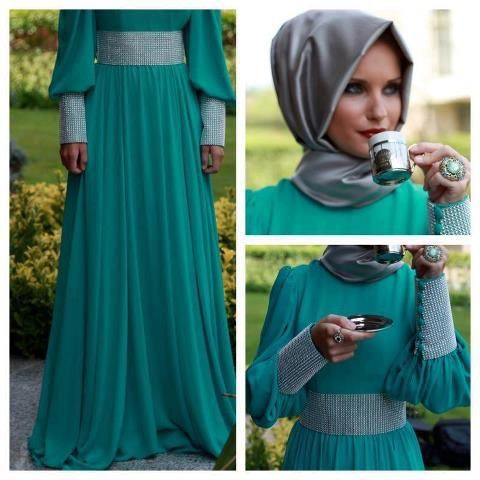Beautiful dress and hijab.