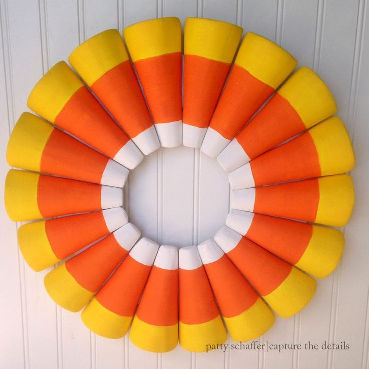 Best 25+ Candy corn wreath ideas on Pinterest | Halloween ...