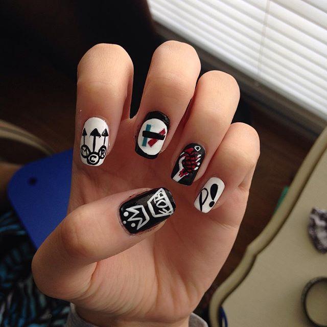 Grunge Nail Art On Pinterest: Best 25+ Emo Nail Art Ideas On Pinterest