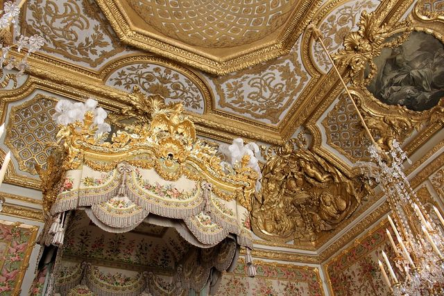 Marie Antoinette's bedroom ceiling, Versailles Palace, France | Flickr - Photo Sharing! http://www.flickr.com/photos/bahager/4477345233/