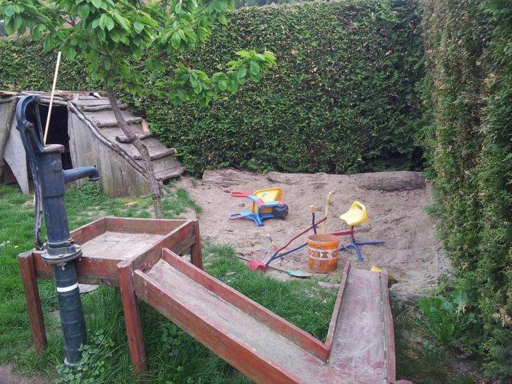 Sandkuhle statt Sandkasten? - Wirtschaftstrakt - Das Rabendorf
