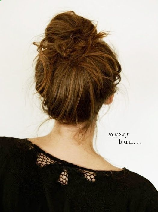 messy bun - click through for easy steps to get the look  - Hair Ideas
