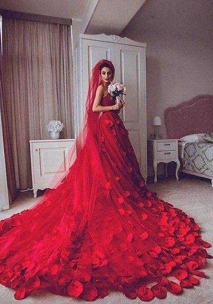 126 best Red Wedding Dress images on Pinterest Red Red gowns