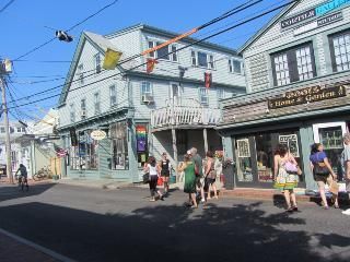 Exciting, spacious, vacation condo, Provincetown