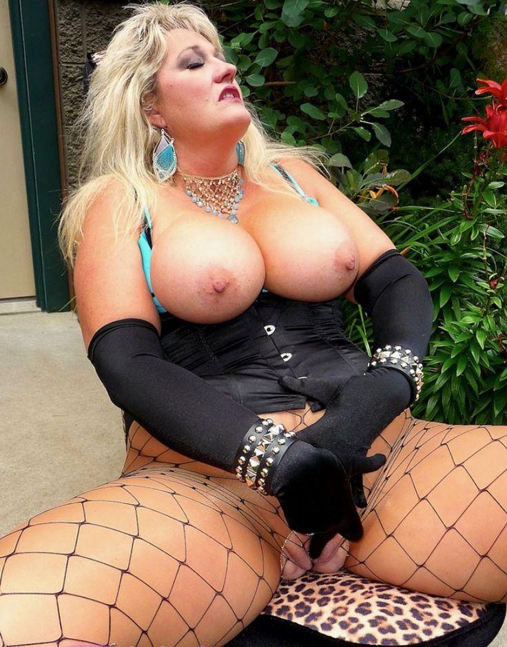 Sexy girl open video