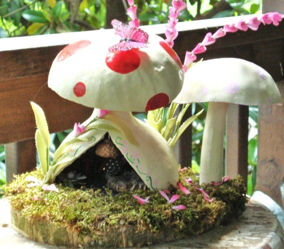 Red Polka Dot Mushroom Fairy HouseMushrooms Fairies, Gourds Mushrooms, Polka Dots, Favorite Things, Fairy Houses, Fairies Gardens, Fairies House, Dots Mushrooms, Red Polka