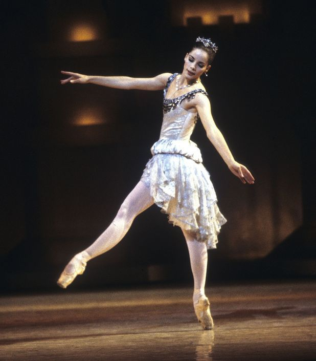 Darcey Bussell in the role created for her at the age of 19 by Sir Kenneth MacMillan: Princess Rose in Prince of the Pagodas