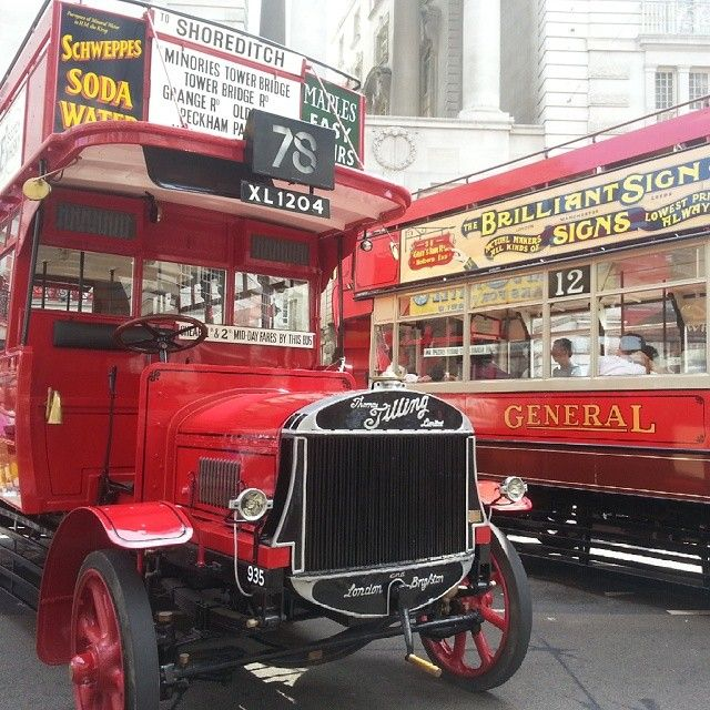 Vintage london buses from the early 1900s to today all along #regentstreet #vintage - Amyrhian1