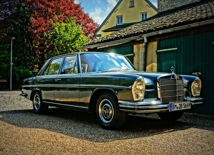 beautiful mercedes benz 250 se w108 in graphite grey from. Black Bedroom Furniture Sets. Home Design Ideas