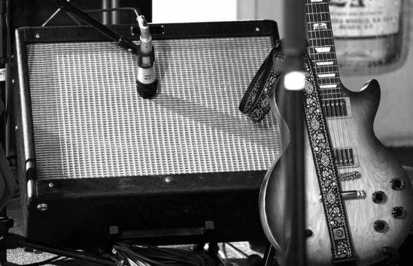 СМИ: Умер гитарист рок-группы Steely Dan Уолтер Беккер http://actualnews.org/exclusive/196747-smi-umer-gitarist-rok-gruppy-steely-dan-uolter-bekker.html  Западные СМИ сообщают о смерти Уолтера Беккера, известного гитариста популярной рок-группы Steely Dan. О причине смерти американского исполнителя не сообщается.