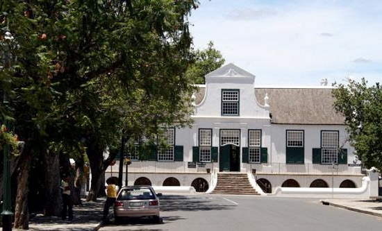 Cape-Dutch Architecture, Graaff Reinet Graaf-Reinet.Some of these buildings are museums and others are homes where people currently live in.Graaff-Reinet still feels like a 19th century town. Flat-roofed Karoo houses nestle next to old Victorian buildings. Old waterways can still be found in some streets. It is the fourth oldest town in South Africa and dates back to 1786. I need to visit Graaff - Reinet one day!!