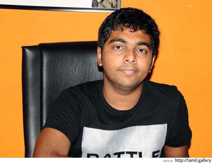 G.V. Prakash Kumar to pair up opposite Nayantara or Anjali in new film? - http://tamilwire.net/50061-prakash-kumar-nayantara-anjali.html