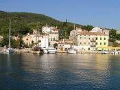 VALUN - Eiland Cres, Kroatië: Kies een vakantiebestemming en boek je accommodatie on-line Bekijk wat de steden, plaatsen, baaien en eilanden te bieden hebben met duizenden foto's!