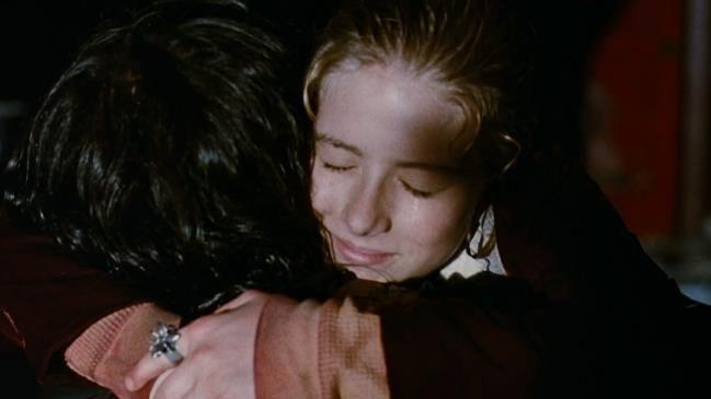 The Crow (1994) Hug - Sarah (Rochelle Davis)
