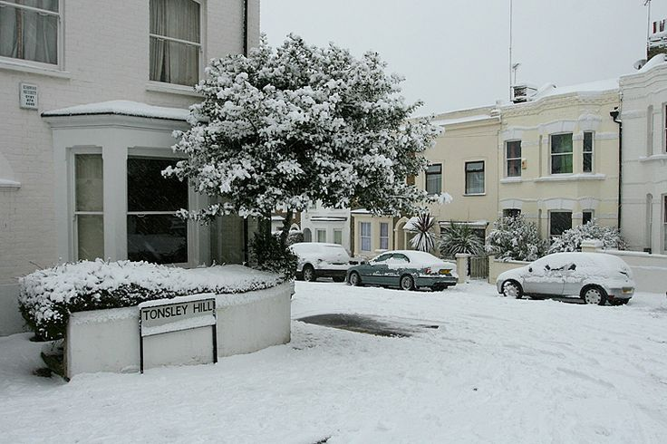 Snow in London,Tonsley hill in Wandsworth, South West London